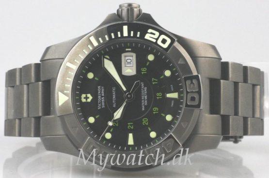 Solgt - Victorinox Diver 500 mtr, 12/2009-24471