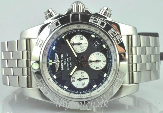 Solgt - Breitling B01 automatic - 12/2009-22159