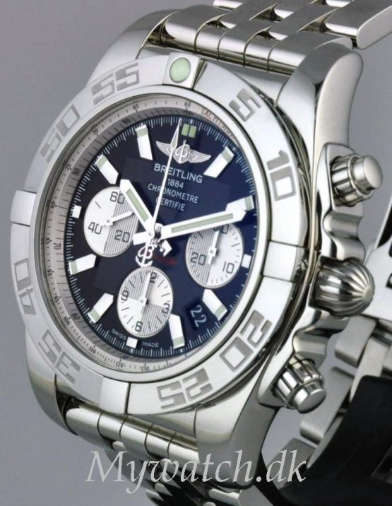 Solgt - Breitling B01 automatic - 12/2009-22160